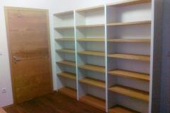 Pisarniško pohištvo za arhiv