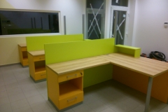 Moderno pisarniško pohištvo