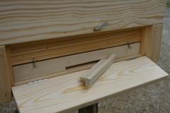 Glavna odprtina za izhod čebelj z možnostjo povečanja le te