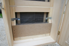 Zapora spodnje etaže s pitalnikom