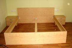 Klasična postelja