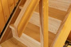 Masivni hrastov ročaj za ravnotežje pri stopnicah